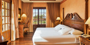 Elba Palace Golf Package