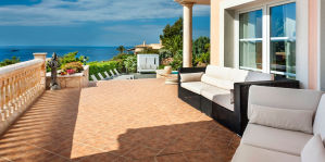Villa del Mar Package