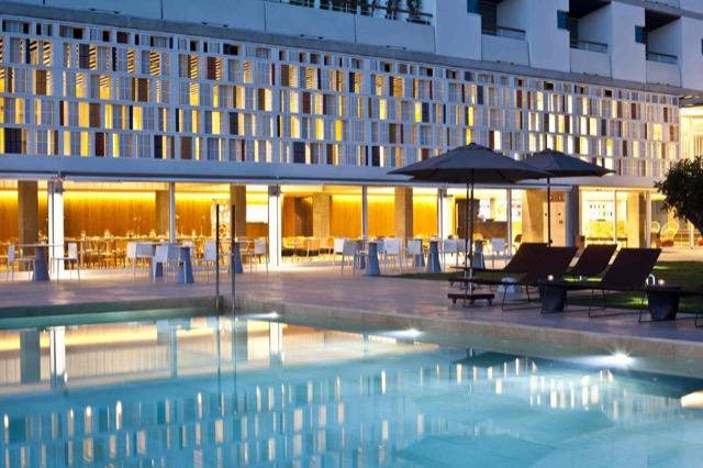 Hotel OD Portals Mallorca: Außenansicht mit Pool.